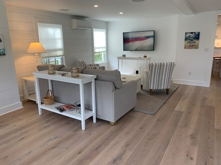Brant Point Nantucket vacation rental - Living room with flat screen HDTV