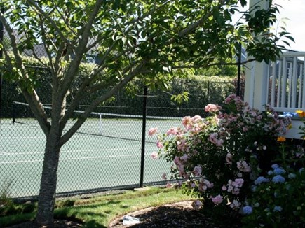 Mid-island, Naushop Nantucket vacation rental - One of two clay tennis courts.