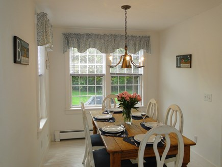 Mid-island, Naushop Nantucket vacation rental - The kitchen's dining room, great morning sun
