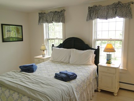 Mid-island, Naushop Nantucket vacation rental - Upstairs queen bedroom, the green bedroom